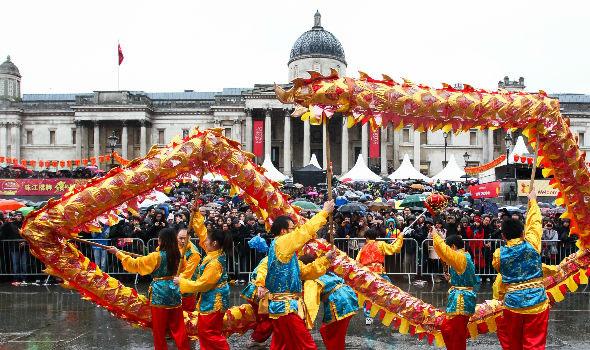 Trafalgar square chinese dragon